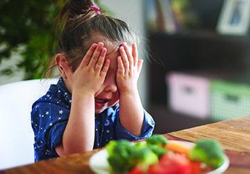 Mon enfant refuse un aliment, que faire ?