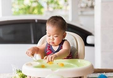 L'alimentation de bébé entre 12 et 36 mois : tout ce qu'il faut savoir