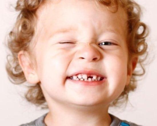 7 conseils pour prendre soin des dents de bébé