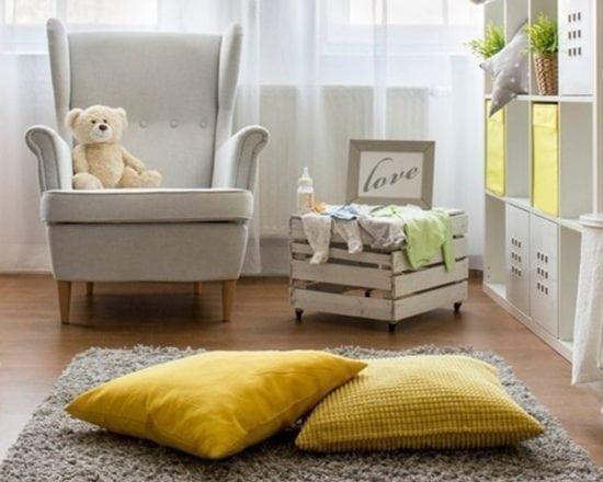 Cinq astuces pour une chambre de bébé rangée !