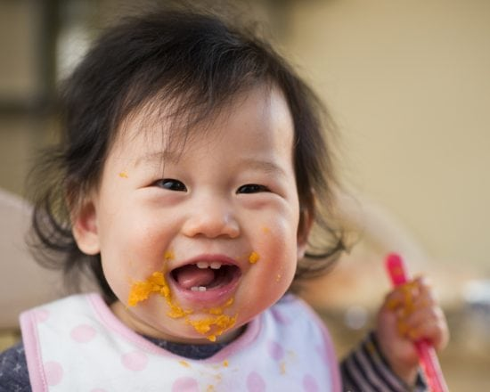 Entre 4 et 6 mois : le début de la diversification alimentaire