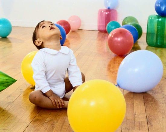Jouez avec des ballons de baudruche