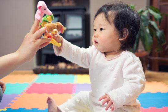 activites enfants maison marionnettes doigts